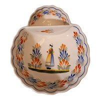 Beautiful vintage Quimper Faience Breton strawberry dish