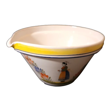 "Quimper Faience Breton large mixing bowl with spout 10.5""x6"""
