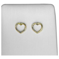 9 Kt yellow gold earrings in the shape of a small heart
