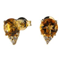 Yellow 18 Kt gold earrings with citrine quartz and diamonds