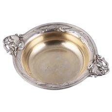 An elegant Art Nouveau silver bowl