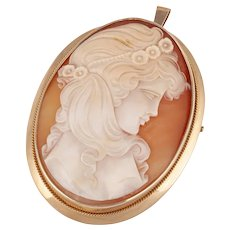 14K Gold and carved shell cameo brooch