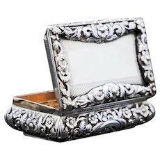 Antique English Solid Silver Snuff Box - Joseph Willmore 1844 Active