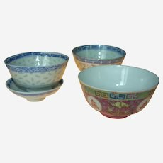 3 Chinese bowls, Vintage, between year 1880 and 1950.