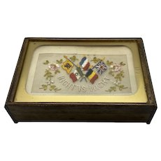 Vintage Wood Keepsake Box with WW 1 1914-1918 Embroidered Silk Postcard
