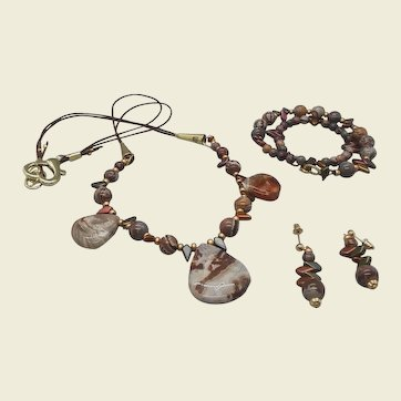 Casual Glamour... jewelry set made of Crazy lace agate and rhyolite beads
