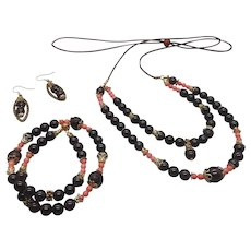 Cherry  Ripe... jewelry set made of garnet, star garnet and pink bamboo coral