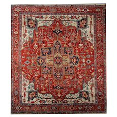 Antique Handwoven Heriz Area Rug - 300x360cm