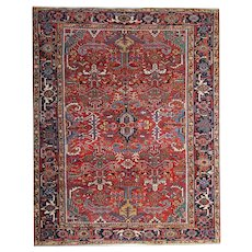 1910 Persian Antique Tribal Heriz Carpet 260x305cm