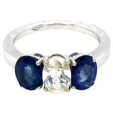 Estate Diamond Sapphire 18 kt Gold Ring