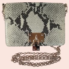 Late 20th Century Alexis Hudson Snakeskin Pattern Leather Purse with Gold-Tone Chain Strap Pre-Owned in Good Condition