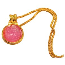 Etruscan jewelry necklace in gilded 925 silver with engraved pink glass paste cameo