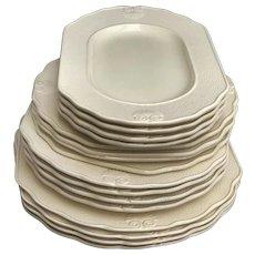 Dinnerware set 16 pieces Vintage Genevieve Lethu Pattern Hortense