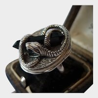 Vintage Snake Poison Ring, Locket Ring, Sterling Silver Poison Ring, Vintage Snake Jewellery, very rare one in a million collector's piece.