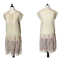Vintage 1920s day dress, batiste cotton, floral