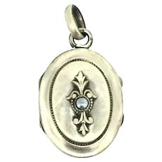 French Pendant Hinged Locket Gold Filled Textured Beautiful