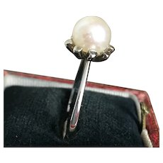 Arts White Gold Pearl Ring size 7 1/2