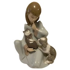 Lladro Cat Nap Girl Figurine #5640, Mint Condition, In Box
