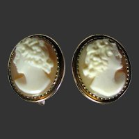 Vintage Carved Shell  Cameo Screw Back earrings.