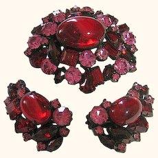 Brooch & Clip-On Earrings SET Vintage Signed Robert Red & Pink Rhinestones