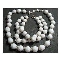 Vintage Milk Glass White Facetted &; Rondel Bead Necklace/Bracelet SET