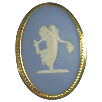 Van Dell Wedgwood Jasperware Blue Dancing Hours Lady 14kt GF Brooch/Pin