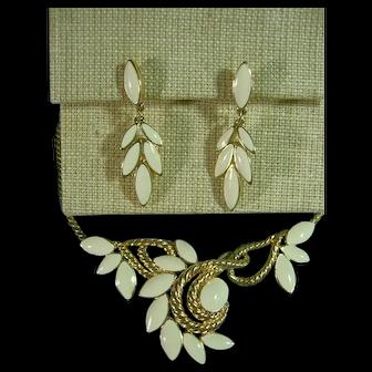 Signed Trifari Enameled Dainty Gold Tone Necklace & Pierced Post Earrings SET