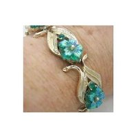 Vintage Signed Coro Bracelet Iridescent Green Glass Flowers & Rhinestone Gold Tone