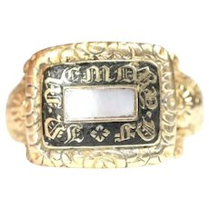 Antique Georgian 18ct gold and Mother of Pearl Mourning ring - hallmarked London 1822 - size O / US 7