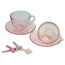 Arcoroc (France) Rosaline Pink Swirl Large Tea Cup and Saucer / Vintage - Mid Century / Set of 2