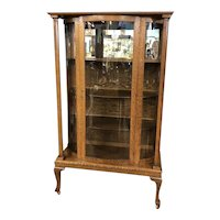 Antique Circa 1910 Victorian Style Tiger Oak Bow Front China / Curio / Display Cabinet, American 1910
