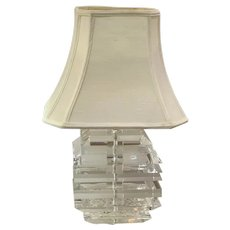 Mid- Century Modern Heavy Stacked Lucite Slabs Table Lamp in Style of Karl Springer