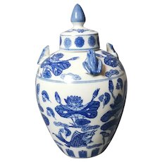 Chinese Blue And White Ginger Jar, Large, Frogs