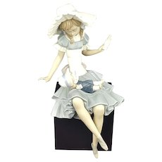 Lladro 1380 Cathy And Her Doll (in original box)