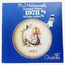 "Hummel Goebel 1978 ""Happy Pastime"" plate"