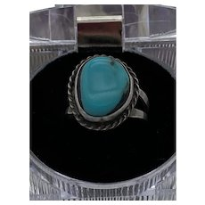 """Sterling Silver 925 """"Southwestern Style"""" Turquoise Ring with rope design edging  5.4g  Ring size 7"""