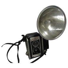Vintage 1950's Kodak Duaflex 3 Flash Outfit Camera