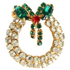 Vintage Christmas wreath brooch-clear, red, green prong set rhinestones
