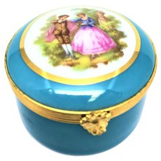 Courting Couple Blue and White Round Limoges Box