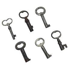 Set of Six Small Box and Case Keys