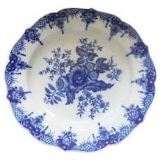 A Rare Chinese Export plate painted with the Pinecone Pattern after 18thc. Worcester.