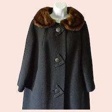 Black Wool Coat with Fur Collar, Size XL, Bust 47 inches