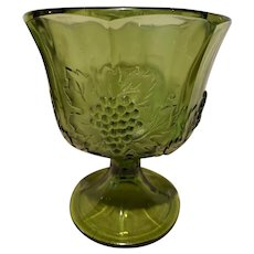 VINTAGE 1970s Indiana Colony Glass Harvest Grape Panel Green Footed Planter Vase.
