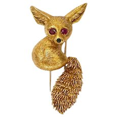 Vintage 18k Gold Brooch Small Fox Pin Trombone Clasp Red Sapphire Eyes Onyx Nose