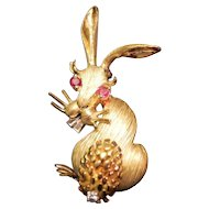 Fine Vintage Hammerman Bros. 18K Gold Bunny Rabbit Pin with Rubies & Diamonds