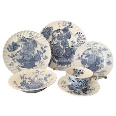 Set Royal Staffordshire Charlotte Blue & White China - Service for Six