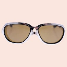 Vintage UVEX 1970s pilot-style sunglasses-metal frame and arms (Weight: 44g)