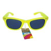 Polaroid 'R' 'Lookers' 8567 unisex fluorescent green vintage sunglasses (Weight: 35.1g)