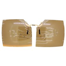 Vintage brown polarised clip-on square shaped sunglasses with original test label-NEW-flaw on right lens