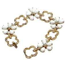 Bracelet with crystals - Bracelet with white daisies - Evening bracelet for women
